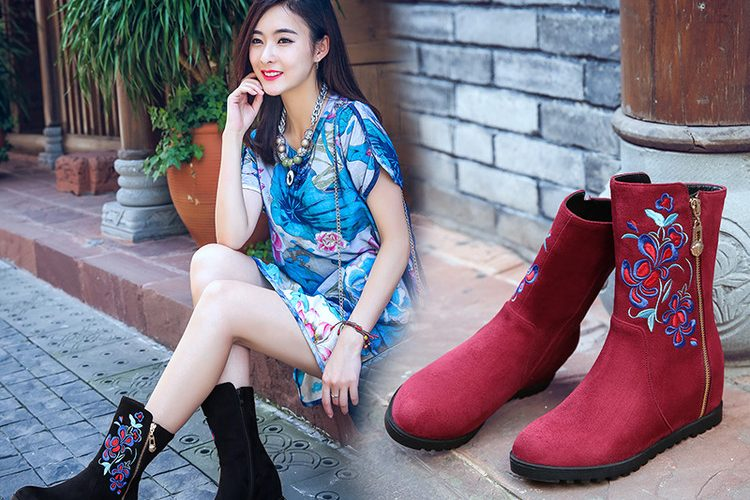 Embroidery Shoes with Fashion and Art!