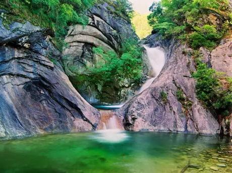Dengsheng Gorge