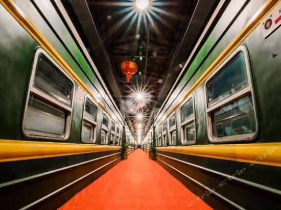 Railway Theme Train Hotel and Train Restaurant(old train compartment)